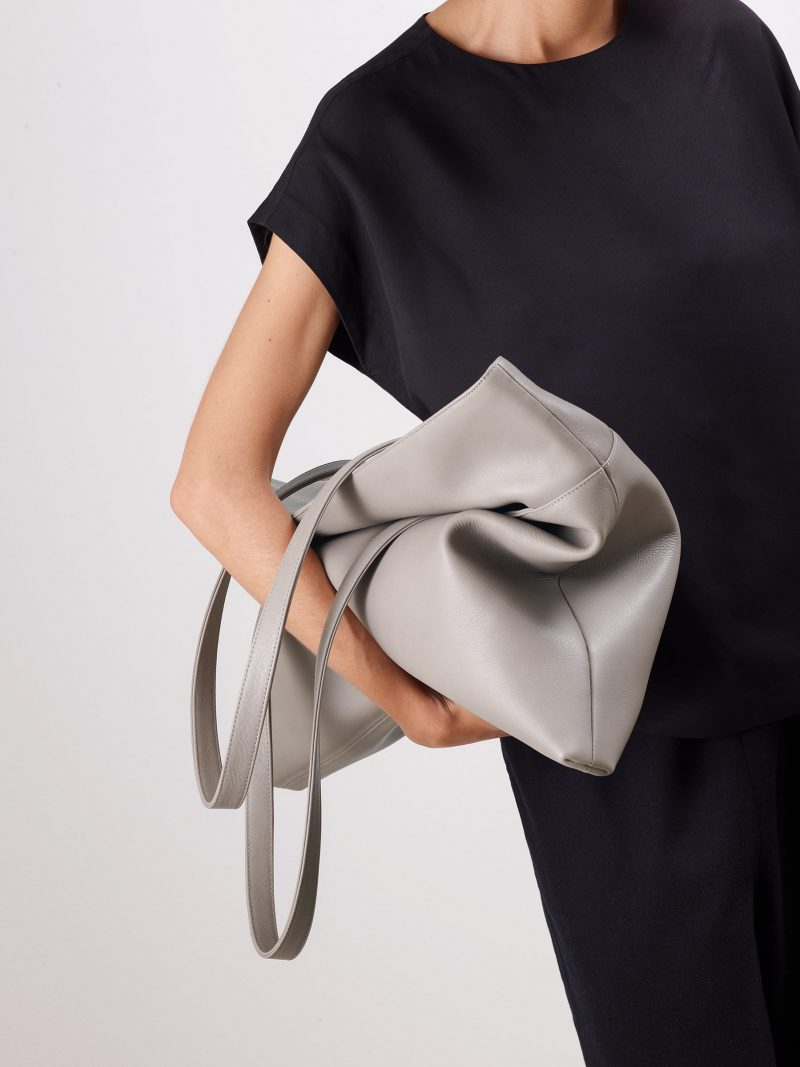 ATLAS shoulder bag in grey calfskin leather | TSATSAS