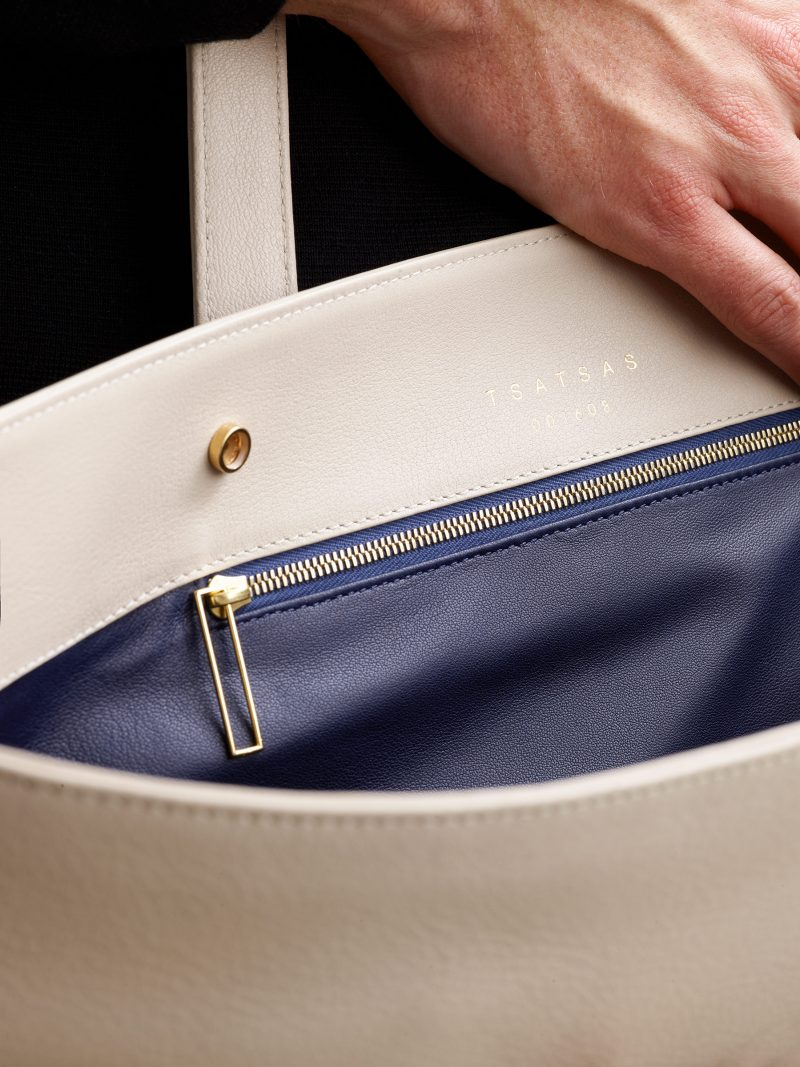 ATLAS shoulder bag in ivory calfskin leather | TSATSAS