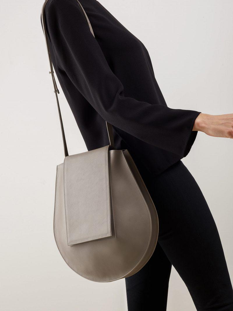 CY shoulder bag in grey calfskin leather | TSATSAS