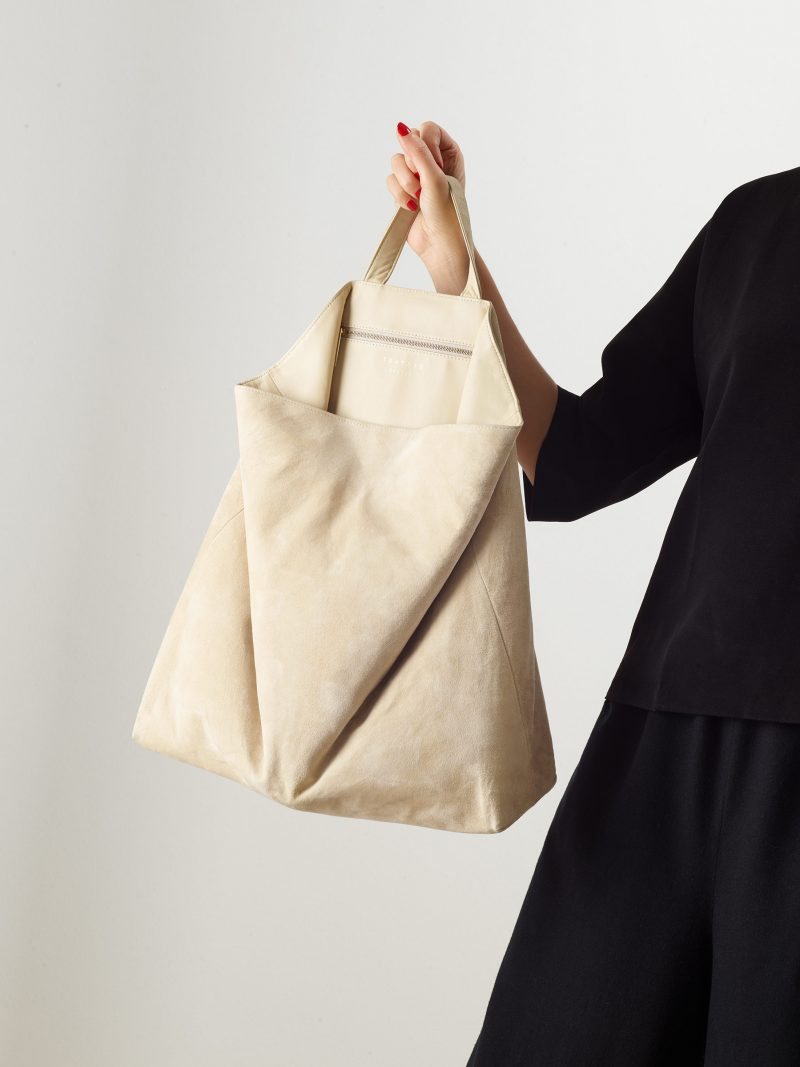 FLUKE tote bag in ivory goat suede leather | TSATSAS