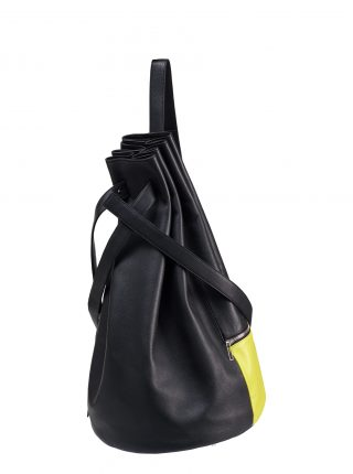 KILO seaman's bag in black calfskin leather with signal flag pocket | TSTASAS