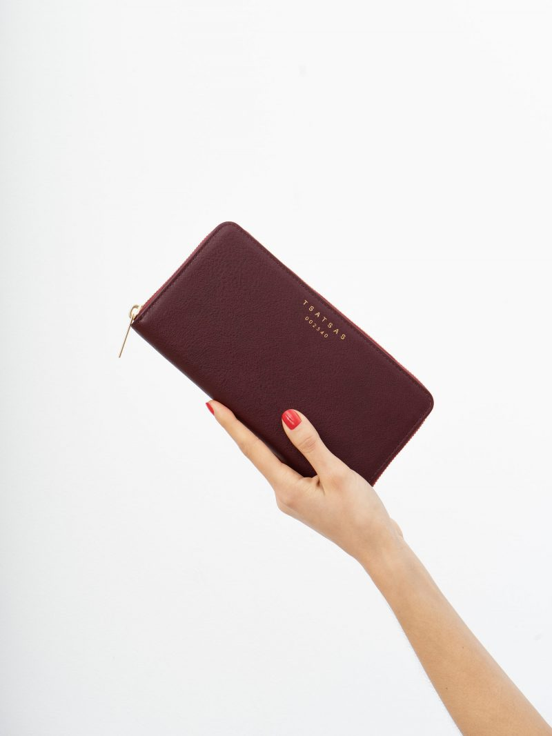 KOBO 2 wallet in burgundy calfskin leather | TSATSAS