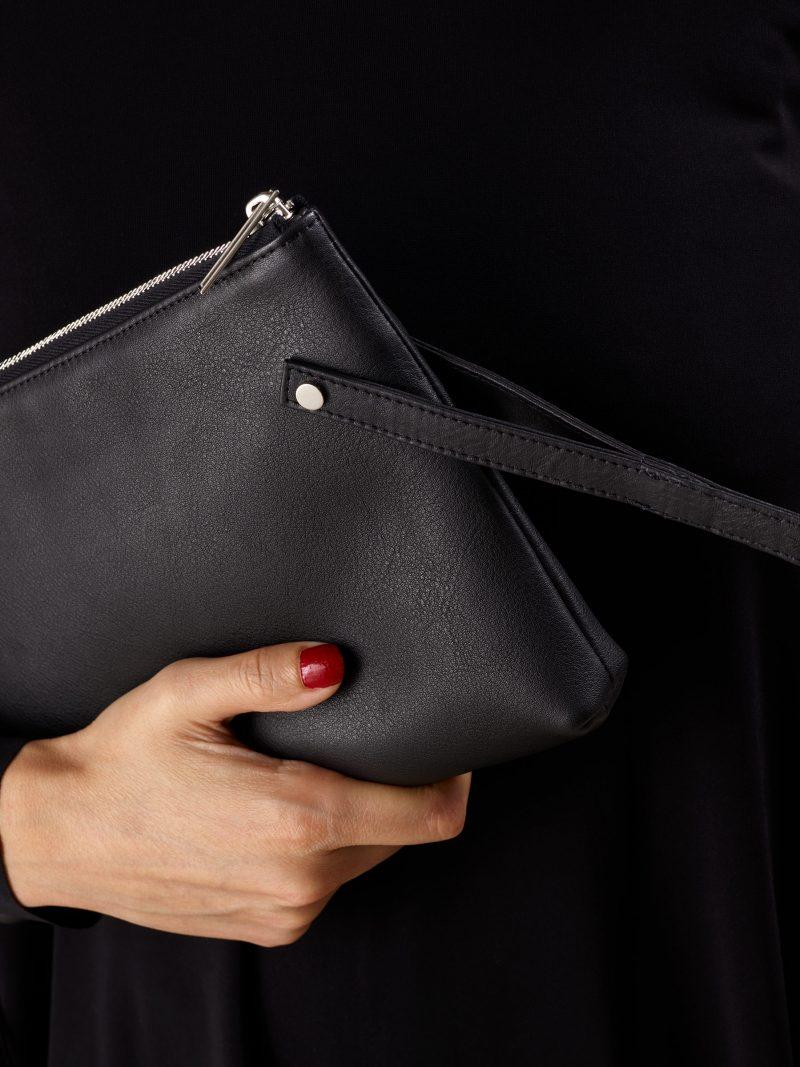 KRAMER 1 shoulder bag in black calfskin leather | TSATSAS