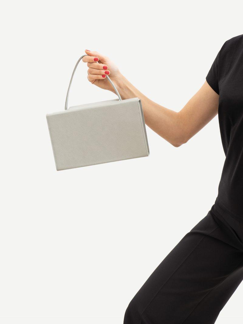 931 hand bag in concrete grey calfskin leather | TSATSAS