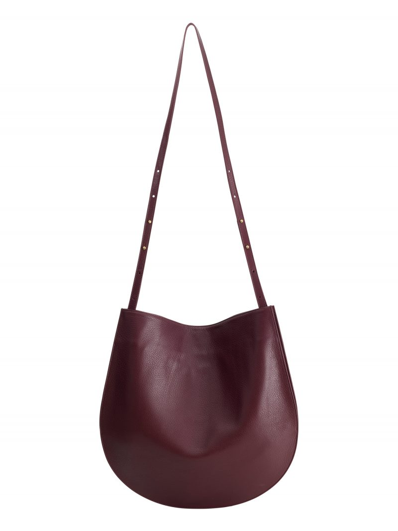 CALE shoulder bag in burgundy calfskin leather | TSATSAS