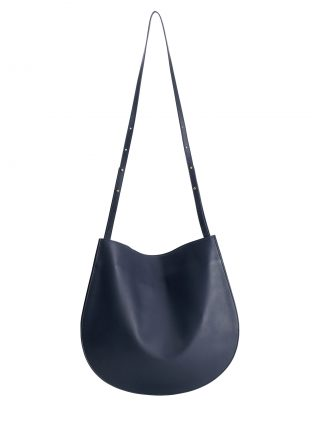 CALE shoulder bag in navy blue calfskin leather | TSATSAS
