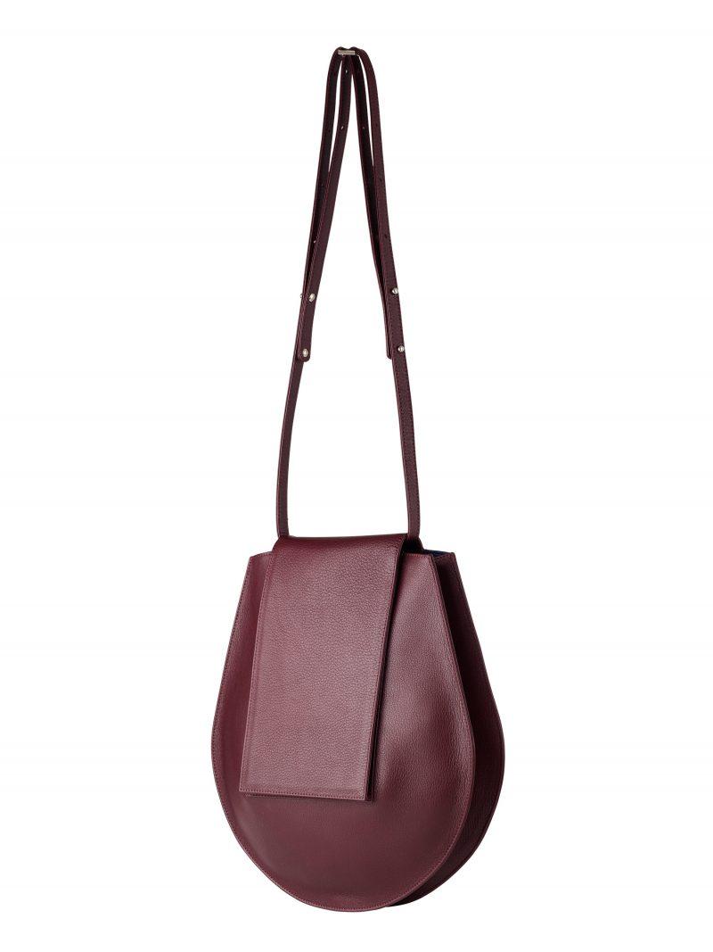CY shoulder bag in burgundy calfskin leather   TSATSAS