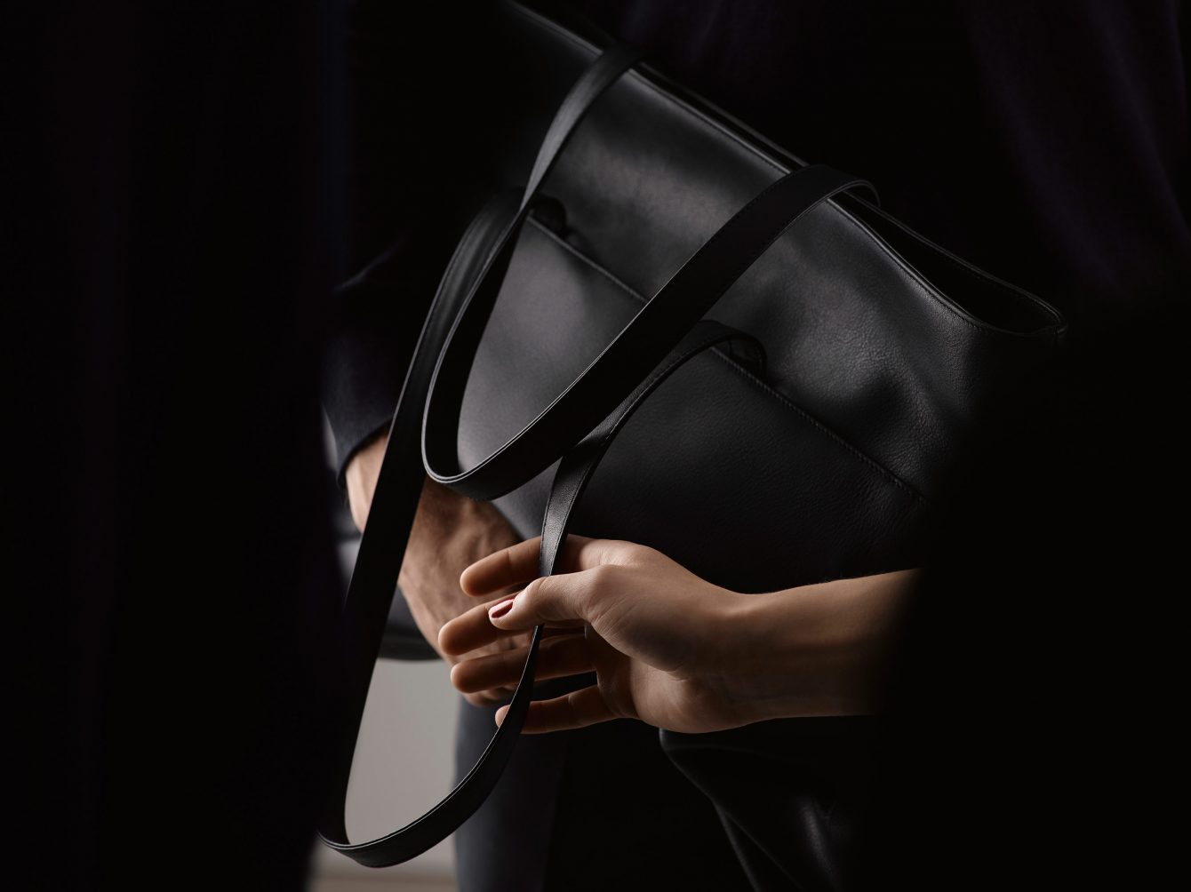 ISSUE 06 by Gerhardt Kellermann — ATLAS shoulder bag | TSATSAS