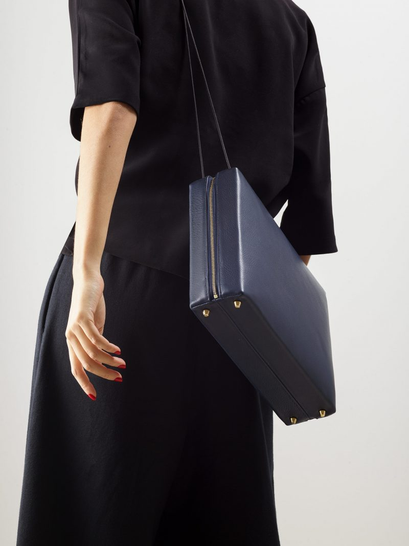LINDEN 43 shoulder bag in navy blue calfskin leather | TSATSAS