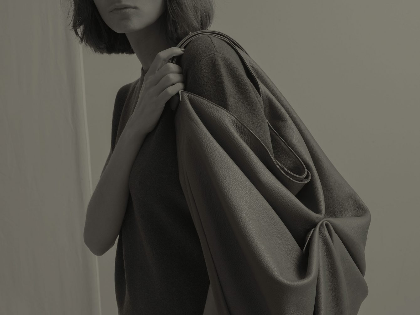 SACAR shoulder bag by Gerhardt Kellermann | TSATSAS