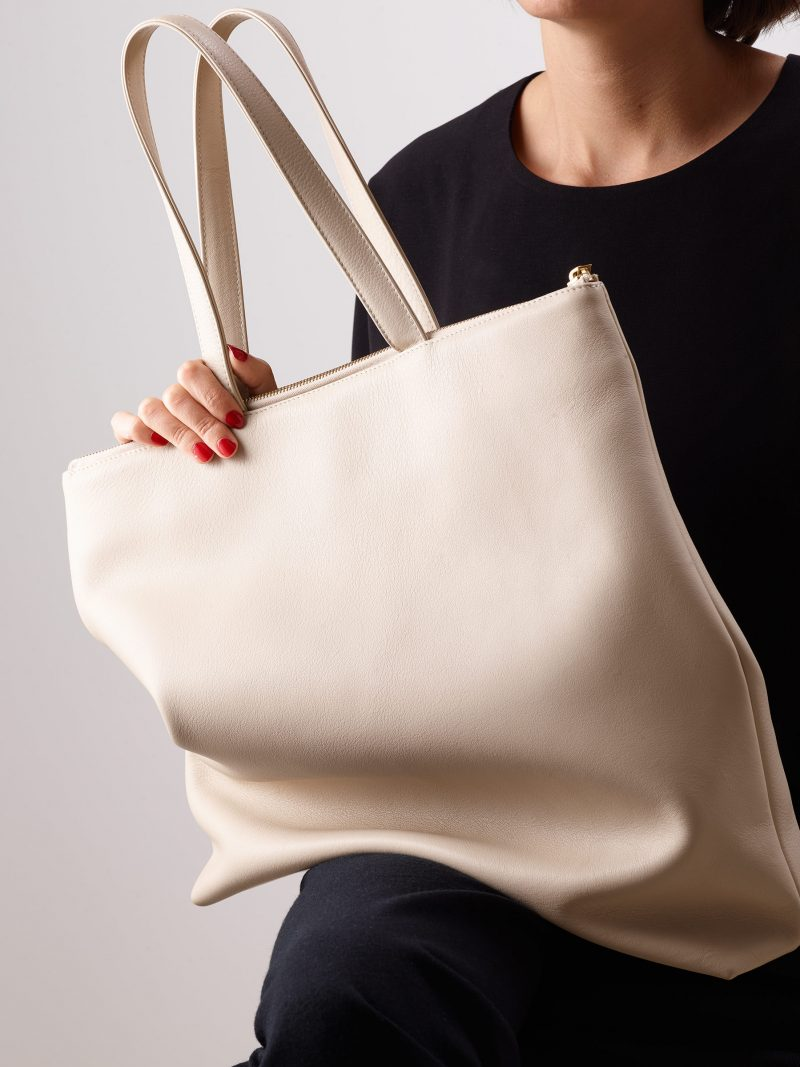 LUCID L tote bag in ivory calfskin leather | TSATSAS