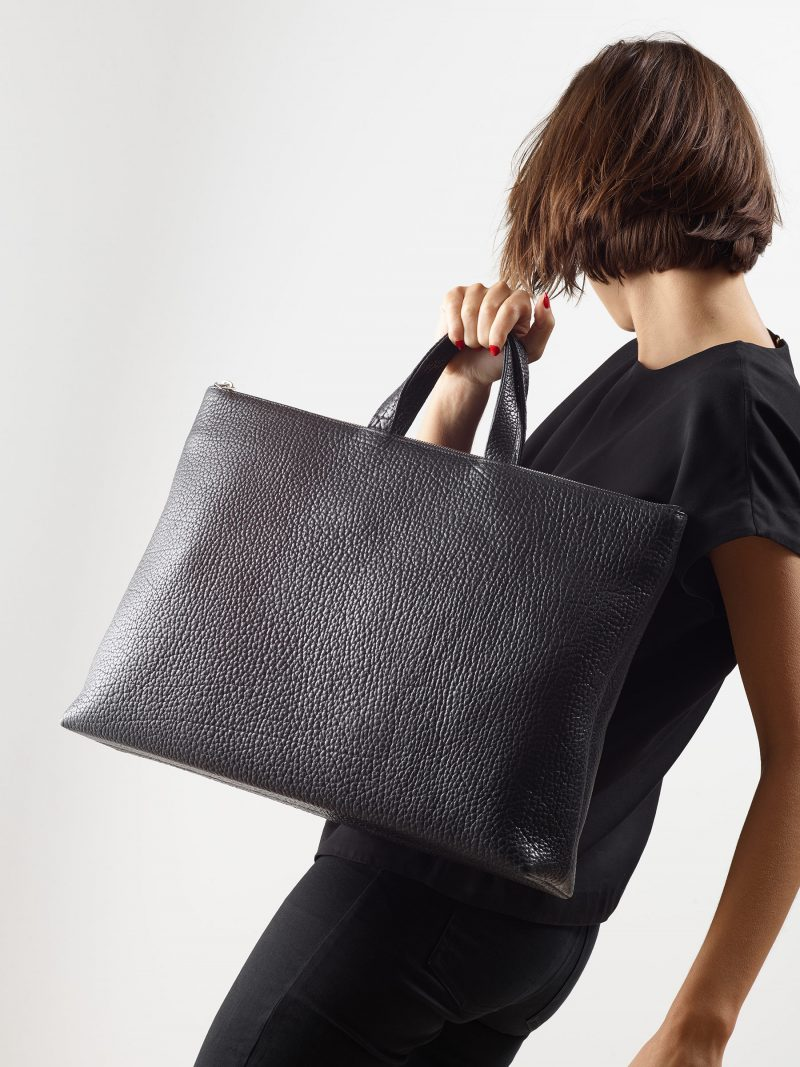 LUCID NINETY tote bag in black bison leather | TSATSAS