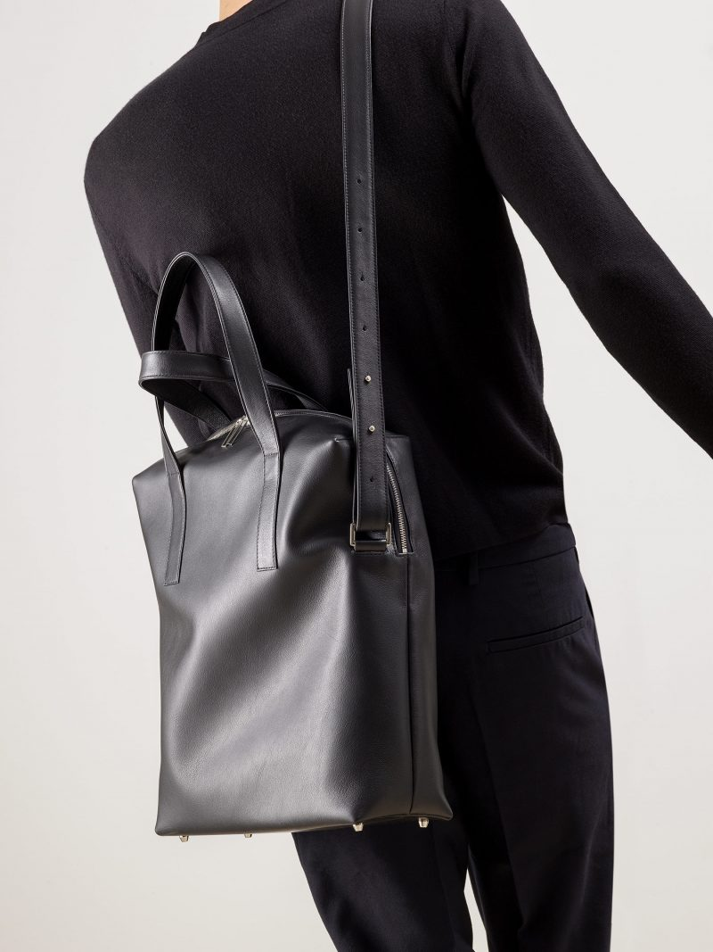 POLLOCK tote bag in black calfskin leather | TSATSAS