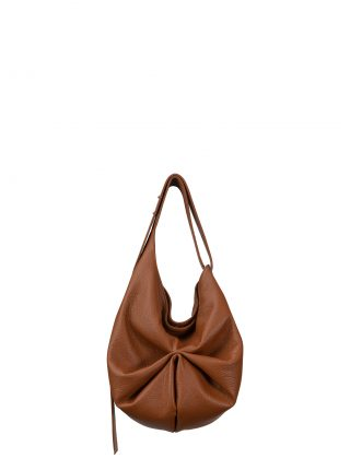 SACAR S shoulder bag in tan calfskin leather | TSATSAS