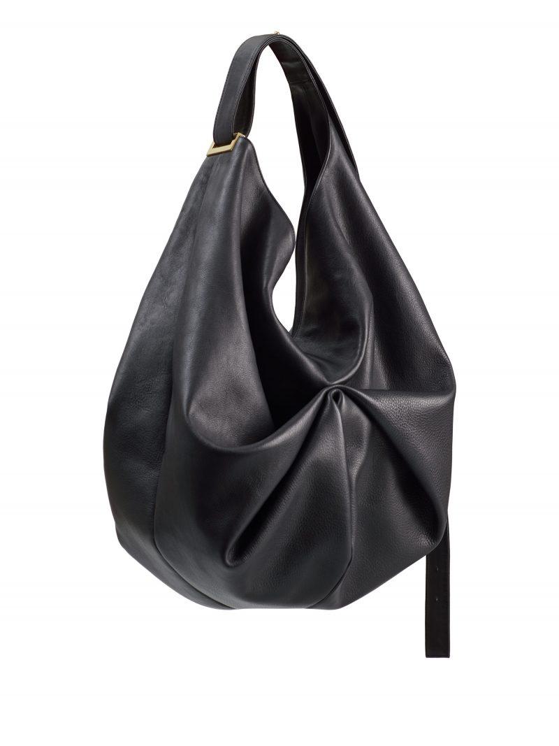 SACAR shoulder bag in black calfskin leather | TSATSAS