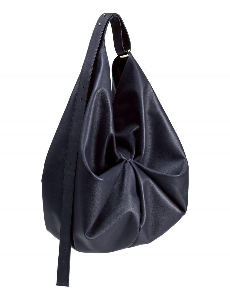 SACAR shoulder bag in navy blue calfskin leather | TSATSAS