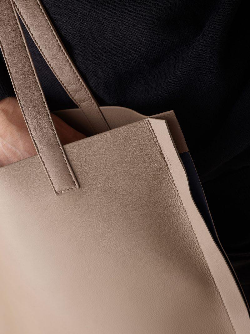 STRATO shoulder bag in taupe lamb nappa leather | TSATSAS