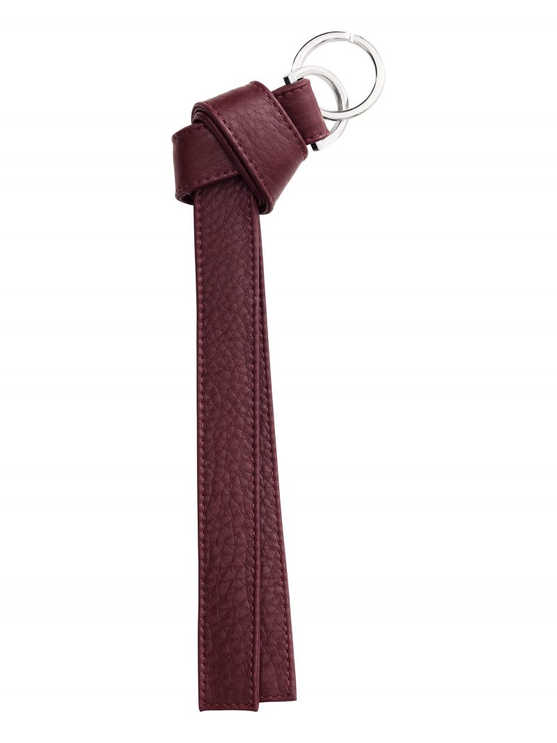 TAPE K keychain in burgundy calfskin leather | TSATSAS