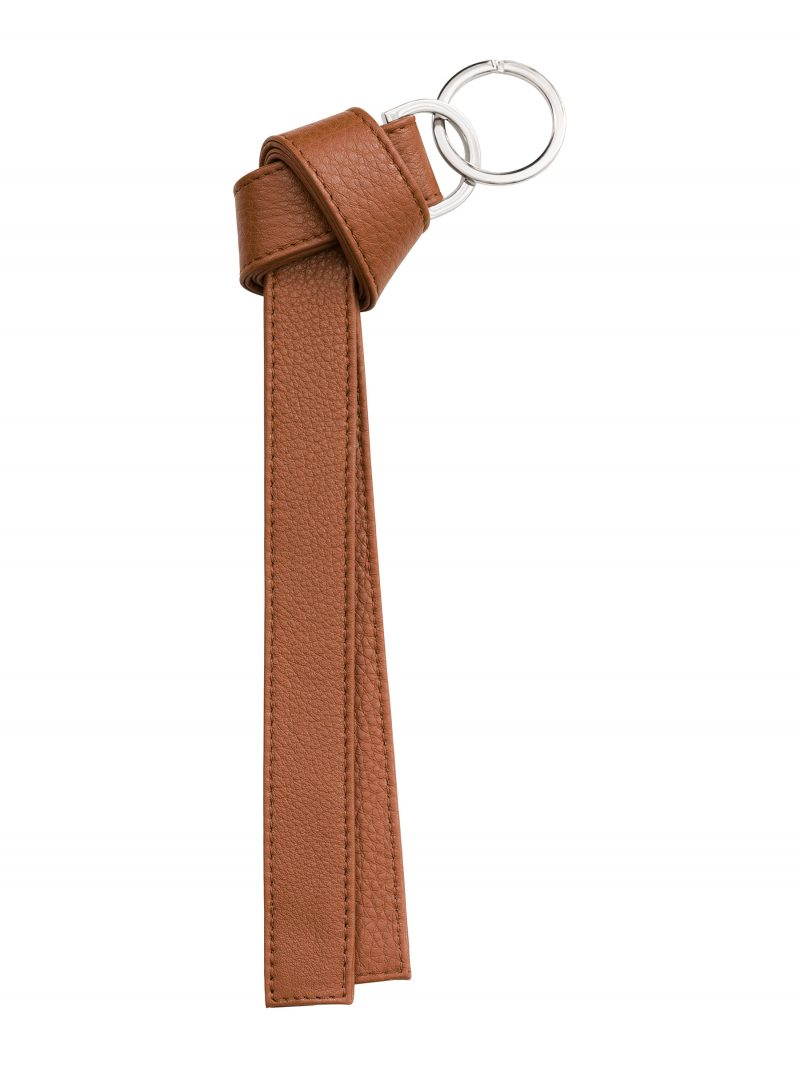 TAPE K keychain in tan calfskin leather | TSATSAS