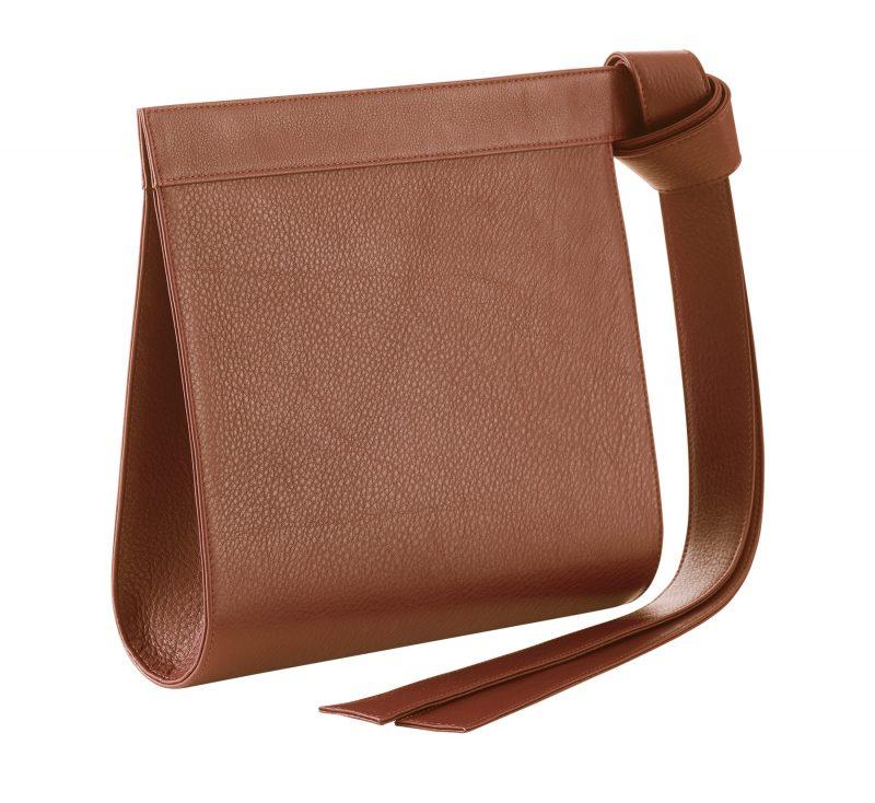 TAPE clutch bag in tan calfskin leather | TSATSAS