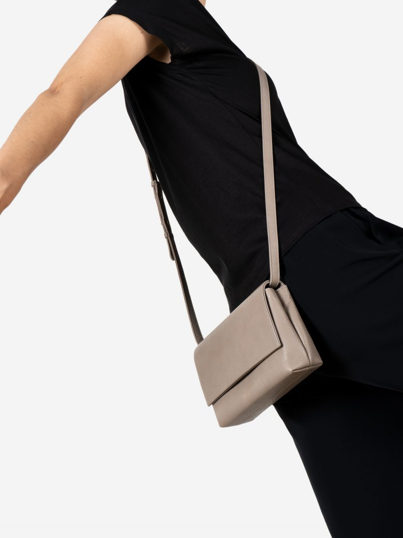 AMOS shoulder bag in grey calfskin leather | TSATSAS