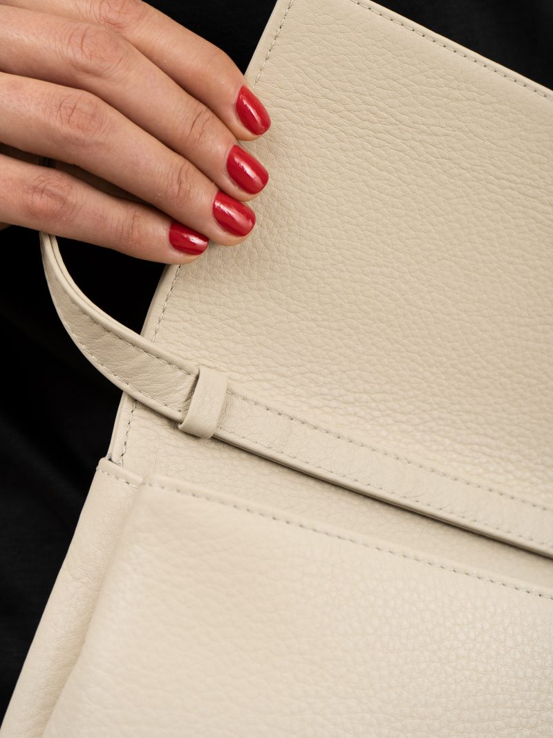 AMOS shoulder bag in ivory calfskin leather | TSATSAS