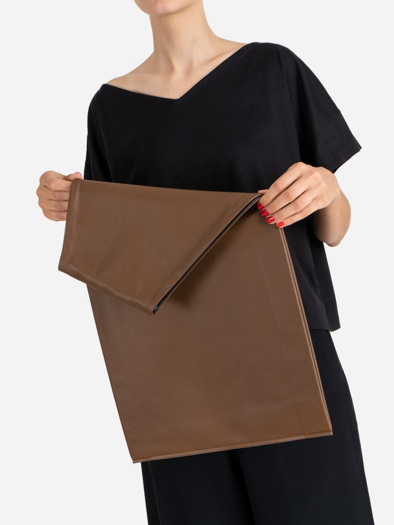 LATO tote bag in terra brown lamb nappa leather with contrasting lining in black | TSATSAS