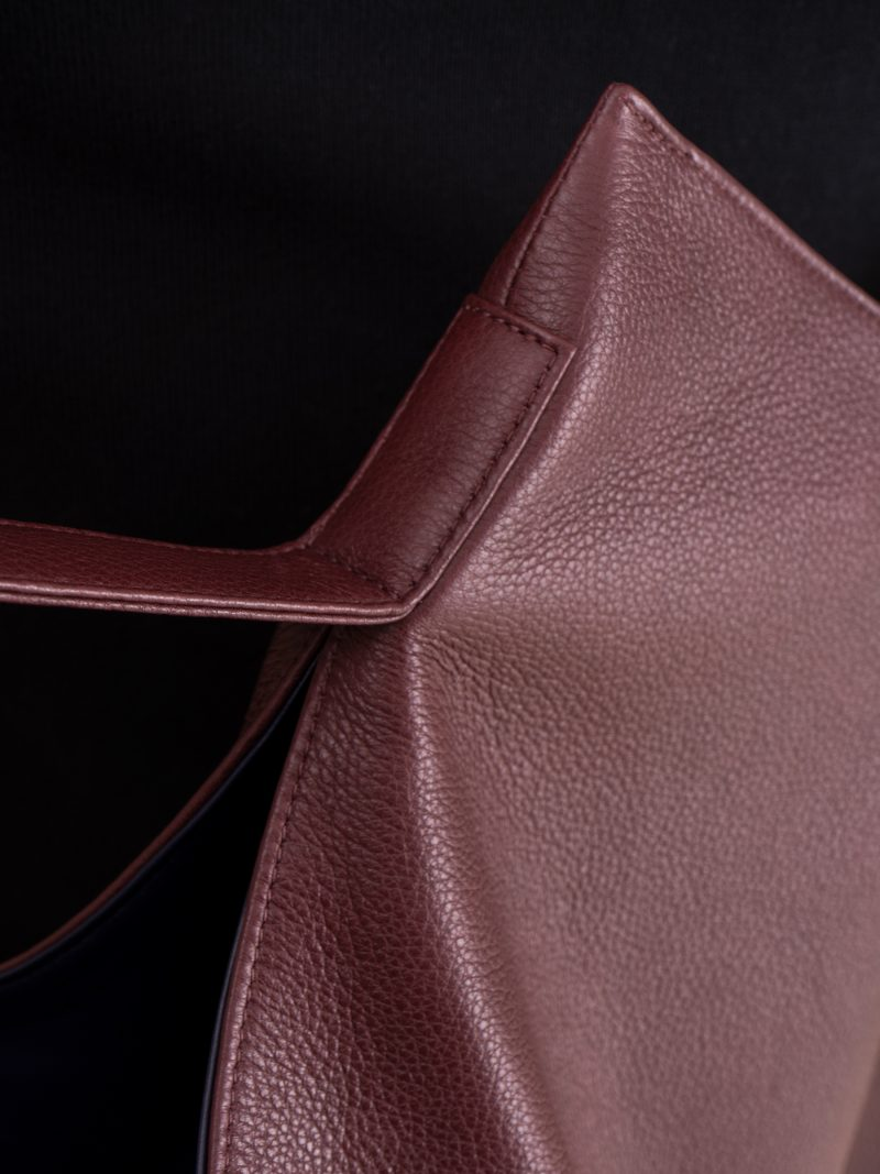 NATHAN shoulder bag in burgundy calfskin leather | TSATSAS