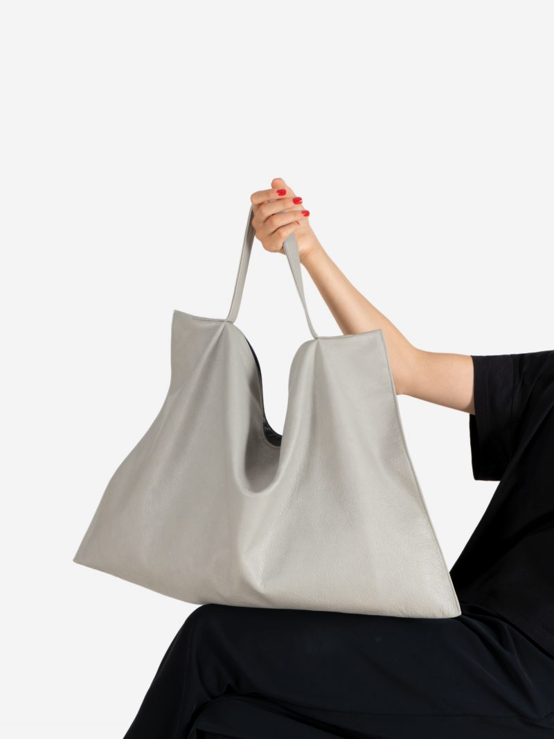 NATHAN shoulder bag in concrete grey calfskin leather | TSATSAS