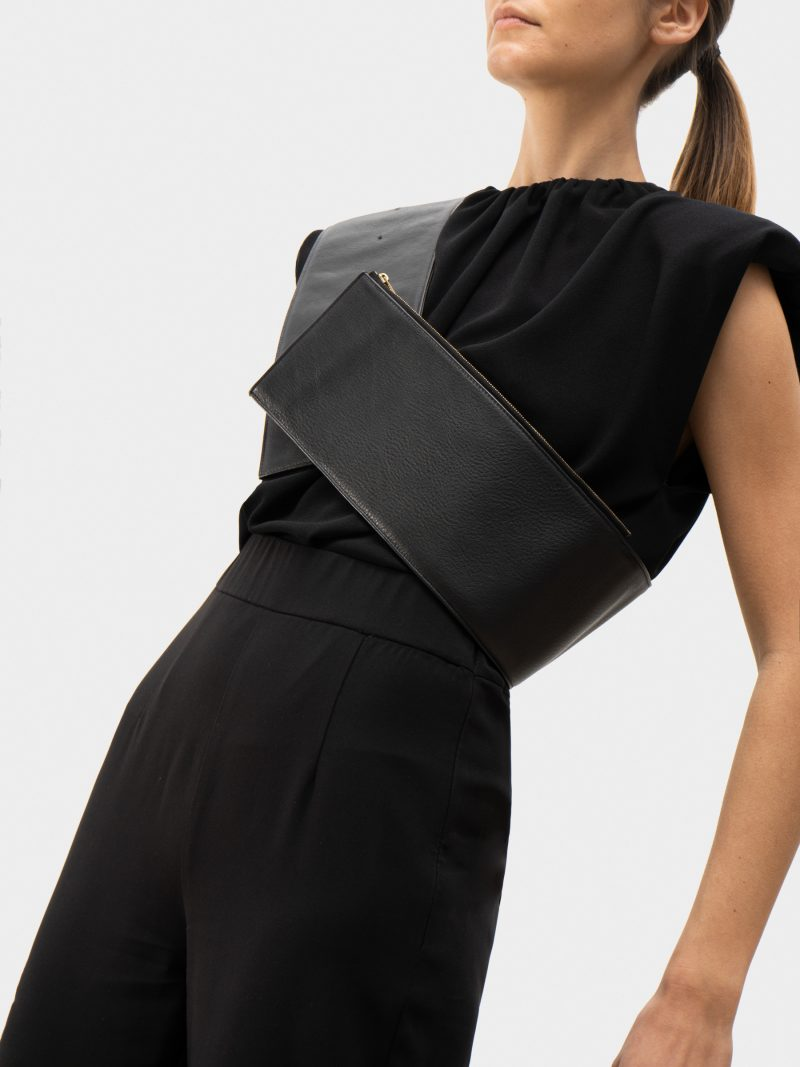 SOMA waist belt with bag in black calfskin leather | TSATSAS