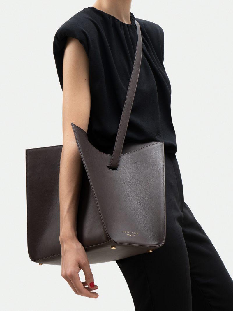 ANNEX tote bag in dark brown calfskin leather | TSATSAS