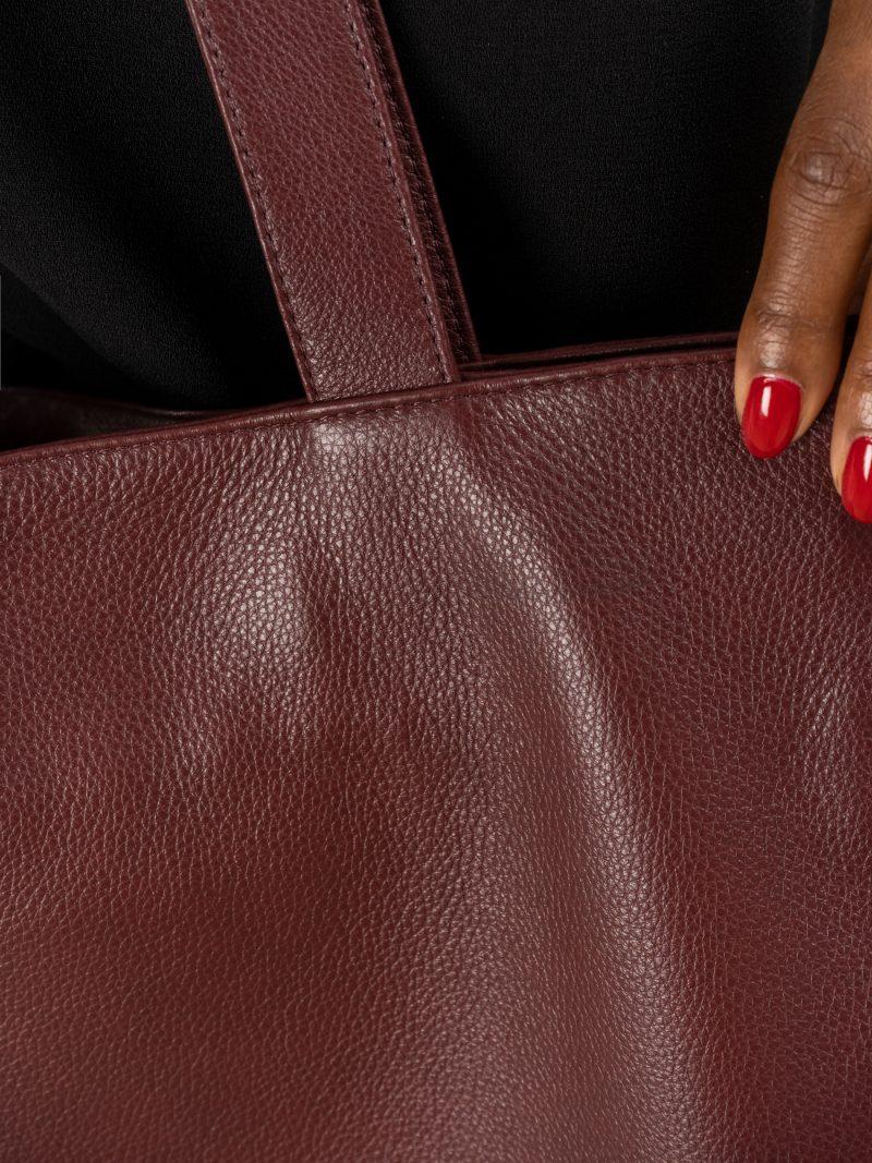 FABER 1 shoulder bag in burgundy calfskin leather | TSATSAS