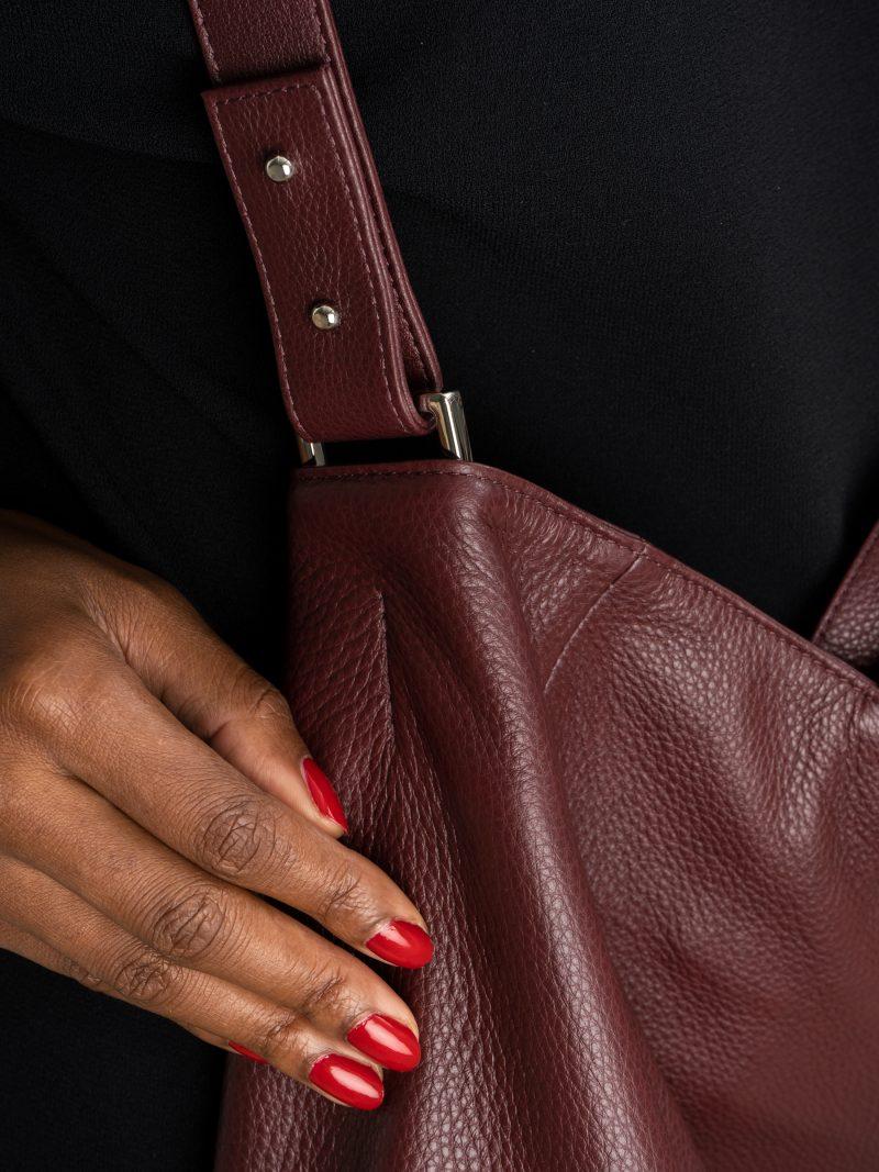FABER 2 shoulder bag in burgundy calfskin leather | TSATSAS