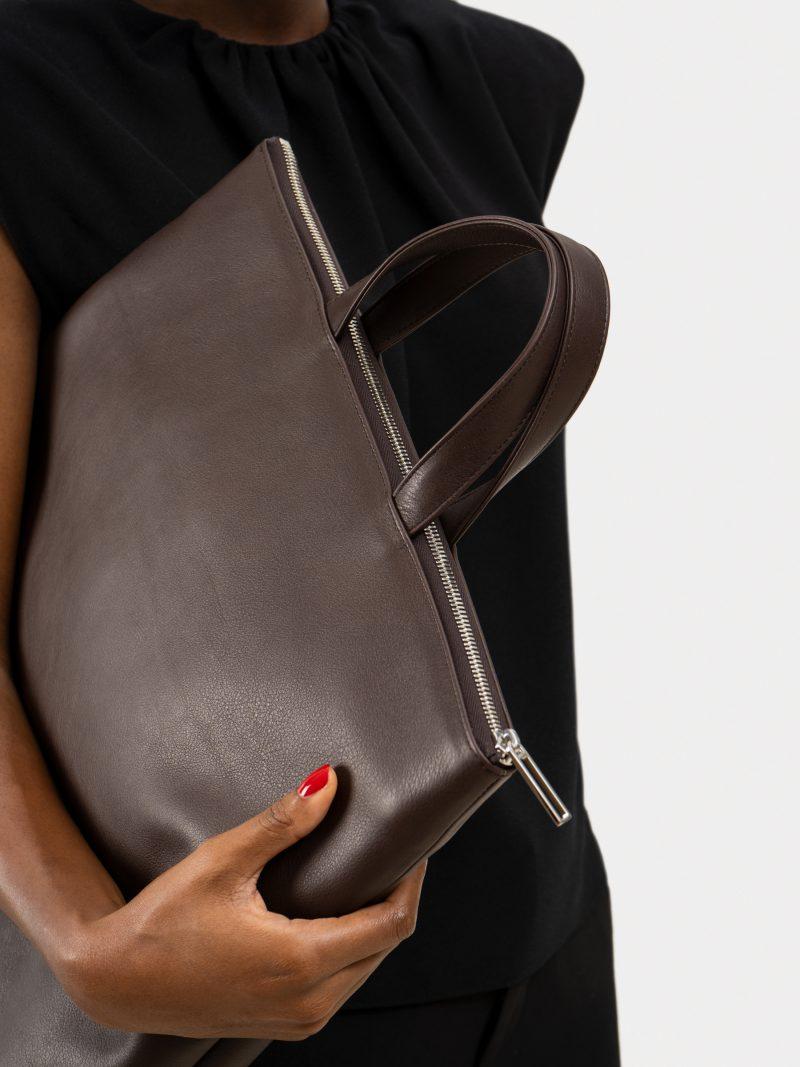 LUCID tote bag in dark brown calfskin leather | TSATSAS