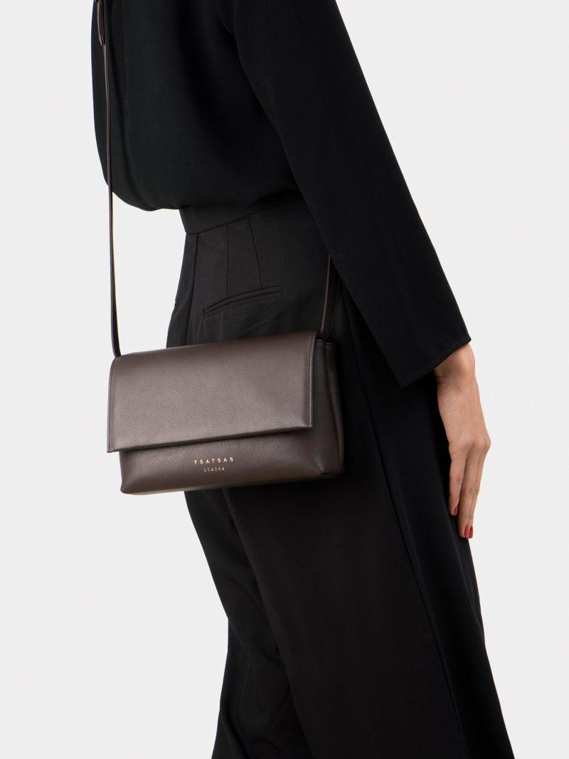 AMOS shoulder bag in dark brown calfskin leather | TSATSAS