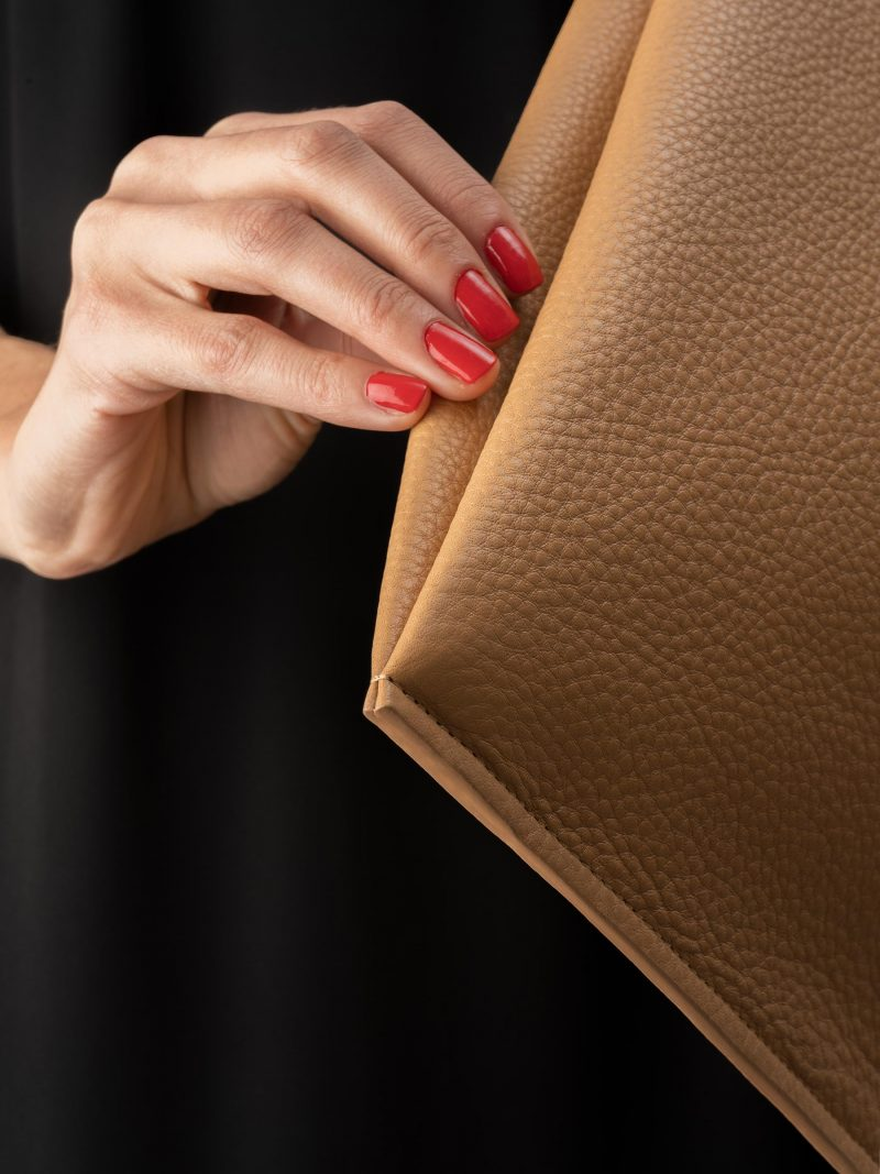LATO tote bag in cashew calfskin leather with contrasting lining in black lamb nappa   TSATSAS