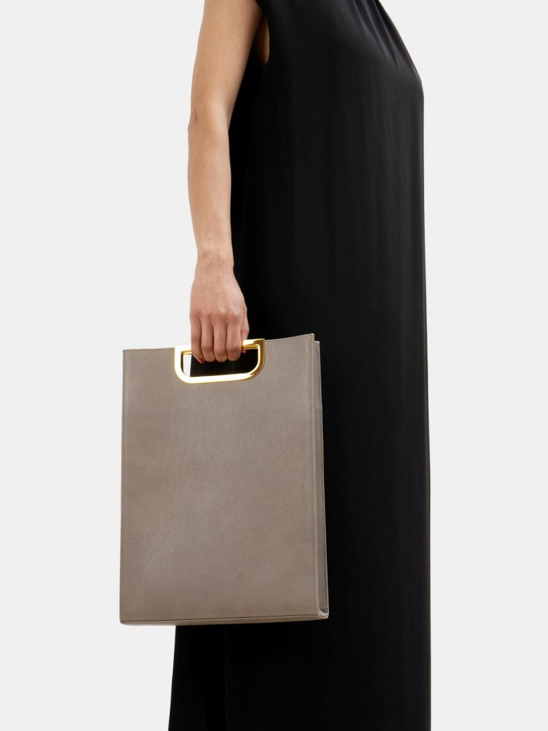 SOODEN handbag in grey calfskin leather | TSATSAS