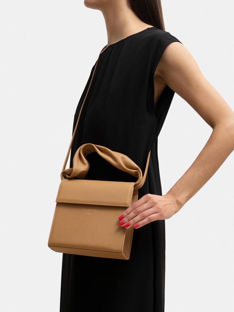 RHEI top handle bag in cashew calfskin leather   TSATSAS