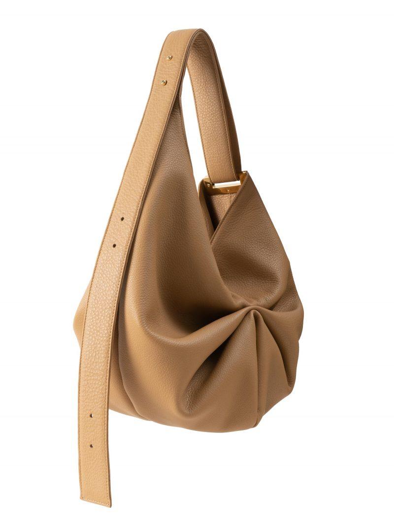 SACAR S shoulder bag in cashew calfskin leather   TSATSAS